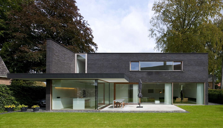 Architect moderne stijl finest oplevering ontwerp luxe for Architecten moderne stijl